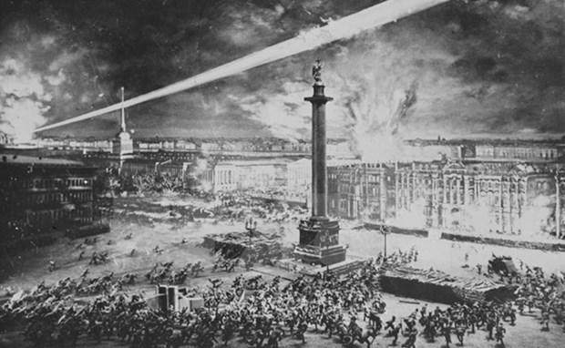 Seminaire international en l'honneur du 100e anniversaire de la Revolution d'Octobre russe hinh anh 1