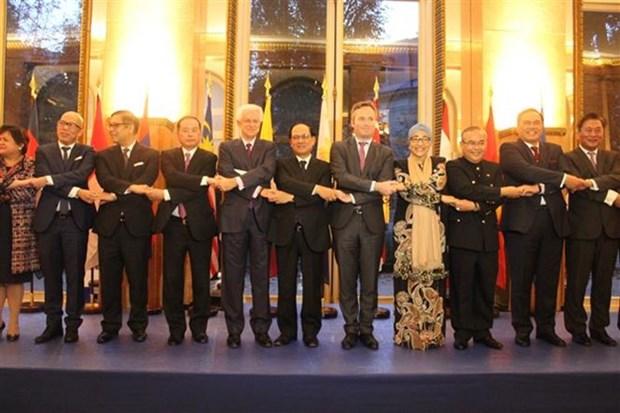 Celebration du 50e anniversaire de l'ASEAN a Paris hinh anh 1