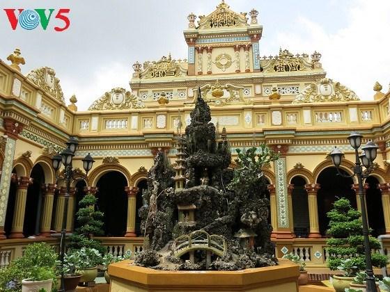 Vinh Trang, un site incontournable pour les bouddhistes au Sud hinh anh 2