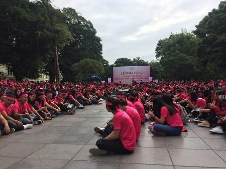 Une marche pour dire «NON» aux violences faites aux femmes hinh anh 1
