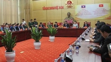 Le Laos au soutien des victimes des inondations au Centre hinh anh 1