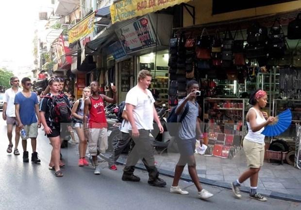 Le Vietnam accueille plus d'un million de touristes etrangers en octobre hinh anh 1