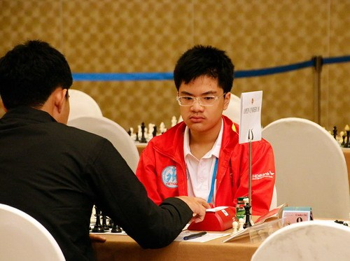 Echecs : le Vietnam remporte trois medailles d'or en Grece hinh anh 1