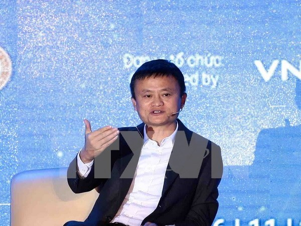 Jack Ma rencontre pres de 4.000 etudiants a Hanoi hinh anh 1