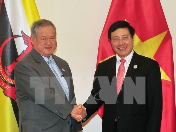 Pham Binh Minh rencontre le deuxieme ministre des AE et du Commerce du Brunei hinh anh 1