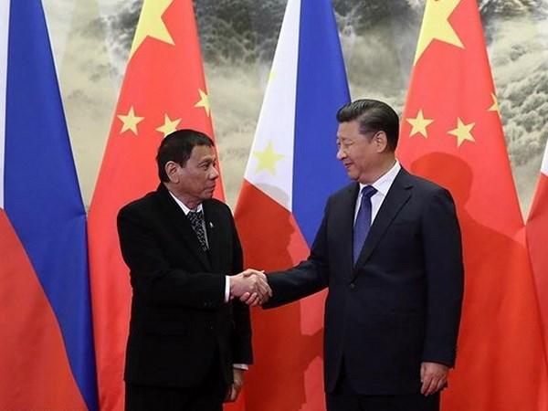 APEC 2017: Xi Jinping rencontre les dirigeants des Philippines, du Japon et de la R. de Coree hinh anh 1