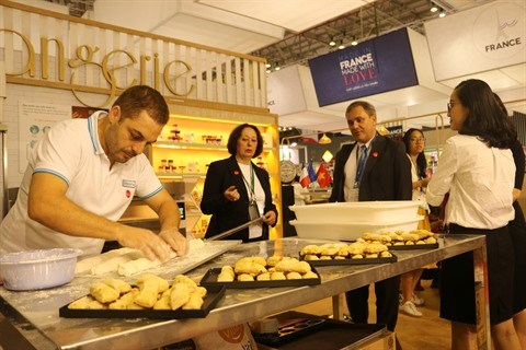 La France, invite d'honneur de la Vietnam Foodexpo 2017 hinh anh 2