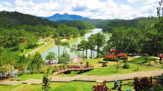 Lam Dong propose un nouveau code de conduite du tourisme hinh anh 1