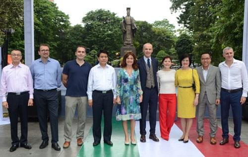 Premiere Semaine Italie-ASEAN a Hanoi hinh anh 1