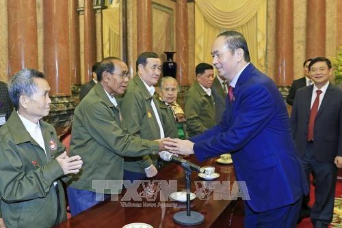 Tran Dai Quang rend hommage aux Laotiens meritoires envers le Vietnam hinh anh 1