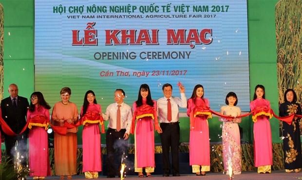 Ouverture de foire internationale de l'agriculture du Vietnam 2017 hinh anh 1