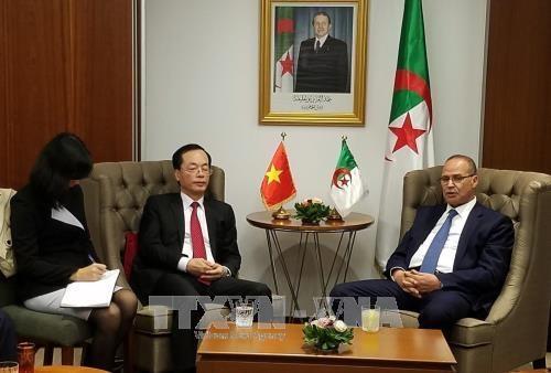 Vietnam-Algerie : volonte commune de renforcer la cooperation dans l'agriculture et la peche hinh anh 1