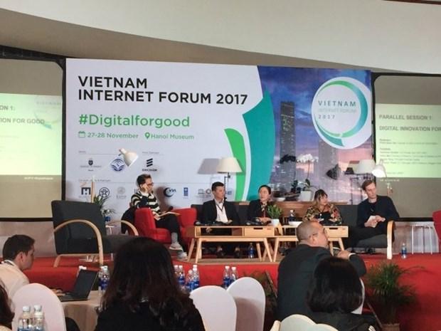 Ouverture du forum d'internet Vietnam 2017 hinh anh 1