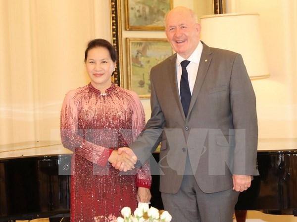 La presidente Nguyen Thi Kim Ngan rencontre le gouverneur general d'Australie hinh anh 1