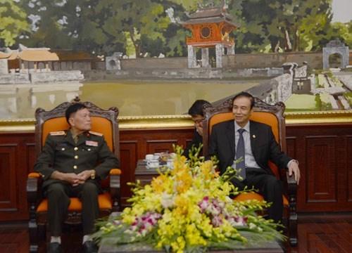 Renforcement de l'amitie et la solidarite entre Hanoi et Vientiane hinh anh 1