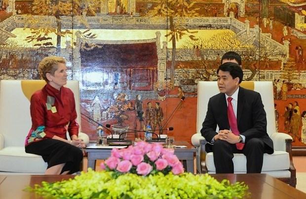 Le president du comite populaire de Hanoi recoit des invites internationaux hinh anh 1