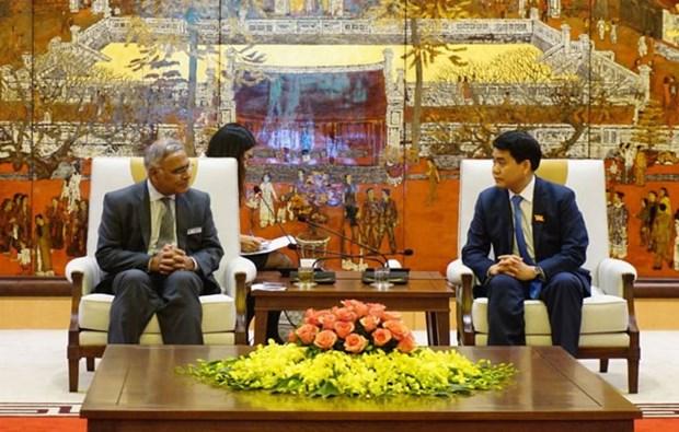 Le president du comite populaire de Hanoi recoit des invites internationaux hinh anh 2