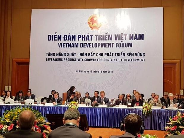 Ouverture du Forum du developpement du Vietnam a Hanoi hinh anh 1