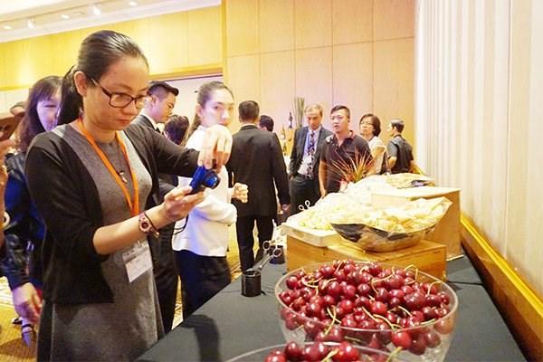 Environ 350 tonnes de cerises d'Australie seront exportees au Vietnam en 2017 hinh anh 1