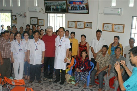 Un dispensaire au chevet des patients sans ressources hinh anh 1