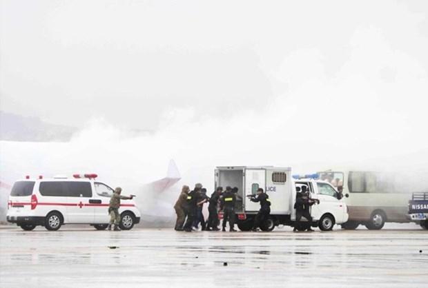 Khanh Hoa : un exercice antiterroriste a l'aeroport de Cam Ranh hinh anh 1