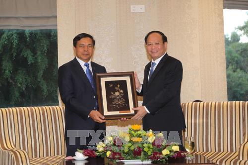 Ho Chi Minh-Ville loue l'amitie avec les localites laotiennes hinh anh 1