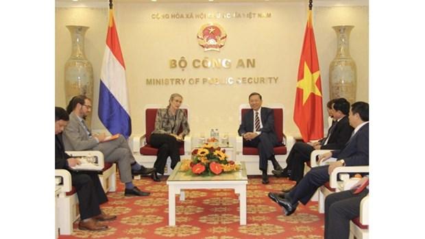 Le Vietnam et les Pays-Bas cooperent dans la lutte contre la criminalite hinh anh 1