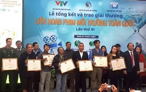 Remise des prix du Festival national du film sur l'environnement hinh anh 1