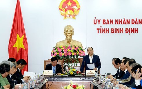 Le Premier ministre Nguyen Xuan Phuc a Binh Dinh et Phu Yen hinh anh 1