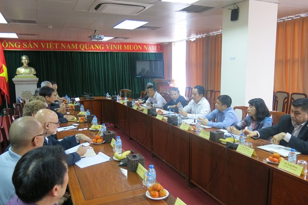 Des syndicalistes americains au Vietnam hinh anh 1