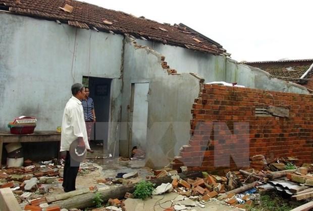 Aides laotiennes pour les victimes vietnamiens des catastrophes naturelles hinh anh 1