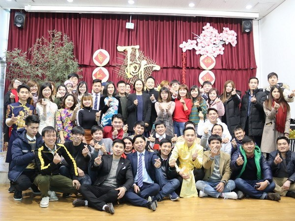 Les autorites de Hwaseong (R. de Coree) apprecient des contributions des Vietnamiens hinh anh 1