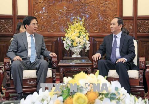 Le chef de l'Etat recoit l'ambassadeur chinois Hong Xiaoyong hinh anh 1