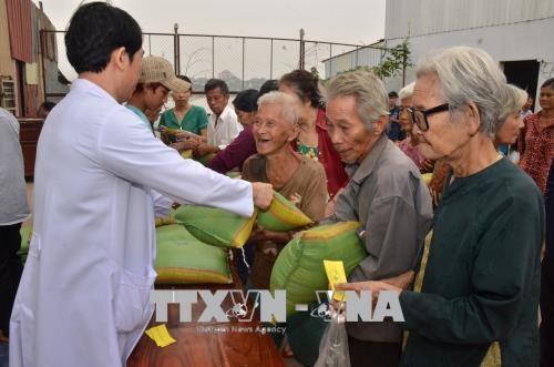 Activites de celebration du Tet du Chien 2018 au Cambodge hinh anh 1