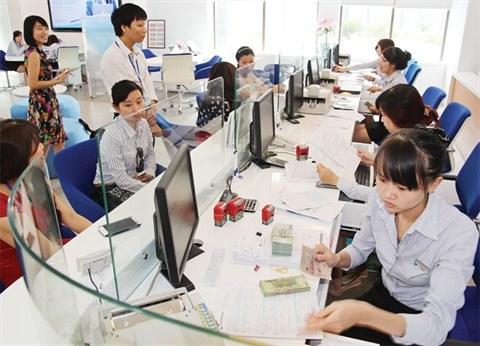 Credits a la consommation : les Vietnamiens empruntent de plus en plus hinh anh 1