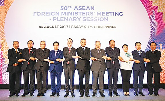 La diplomatie vietnamienne en 2017 : active et confiante hinh anh 2