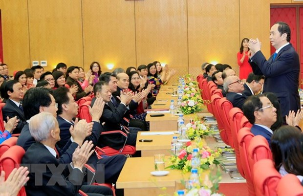 Journee des medecins vietnamiens : des dirigeants en visite dans des hopitaux hinh anh 1