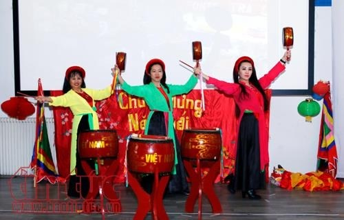 Valorisation des particularites culturelles vietnamiennes en Italie hinh anh 1