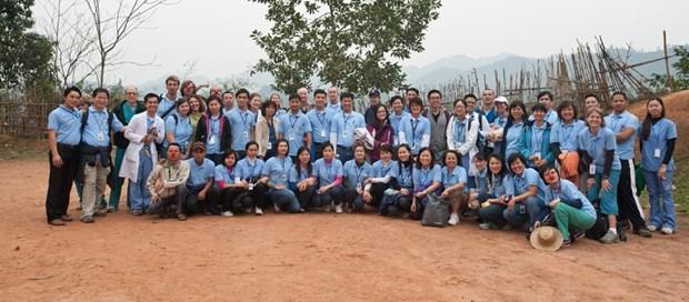 Soins medicaux gratuits d'une fondation americaine pour les pauvres a Quang Tri hinh anh 1