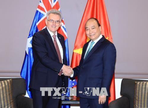 Le Premier ministre Nguyen Xuan Phuc recoit le president de l'Association d'amitie Australie-Vietnam hinh anh 1