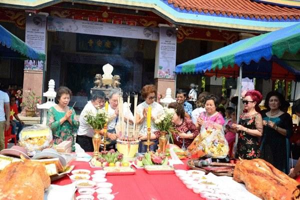 Thailande : ceremonie de priere pour les heros morts pour la Patrie du Vietnam hinh anh 1