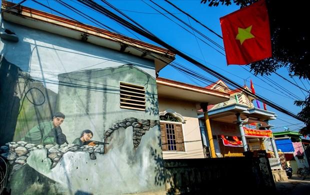Les peintures murales du village de Canh Duong hinh anh 2