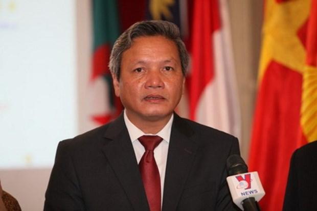 L'ambassadeur Pham Quoc Tru rencontre la communaute des Vietnamiens au Mali hinh anh 1