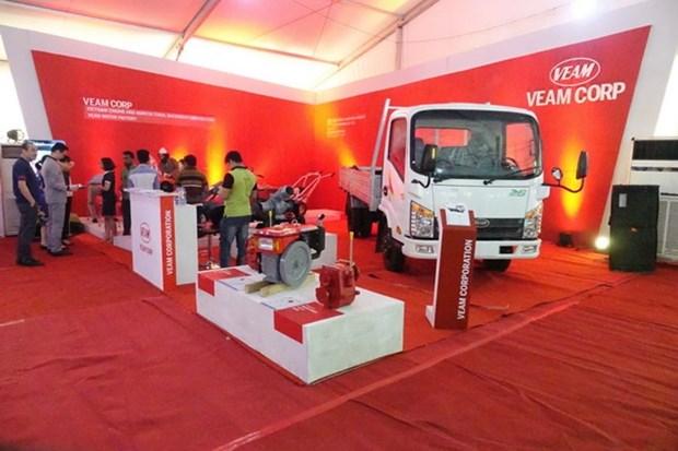 Le Vietnam au Salon international d'automobiles et de machines automatiques de Dhaka 2018 hinh anh 1