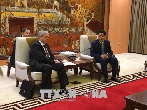 La Bielorussie renforce son investissement dans le reseau de bus de Hanoi hinh anh 1