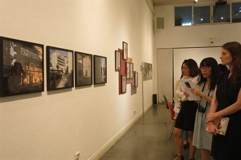 Exposition des œuvres laureates d'un concours de jeunes photographes allemands hinh anh 1