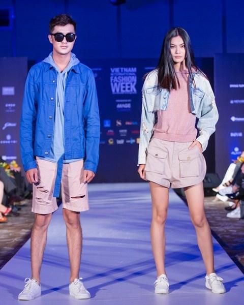 Bientot la Semaine internationale de la mode printemps-ete 2018 hinh anh 1
