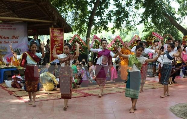 Le Vietnam fete la Boun Pimay du Laos a Geneve (Suisse) hinh anh 1
