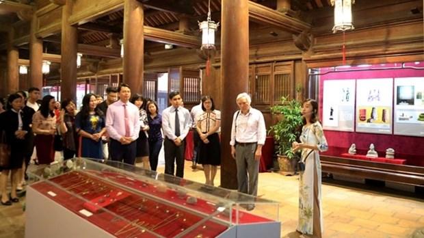 Exposition sur la culture d'Oc Eo au Temple de la Litterature hinh anh 1