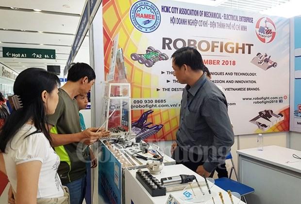 HCM-Ville: Quelque 360 entreprises participent au salon Automechanik 2018 hinh anh 1